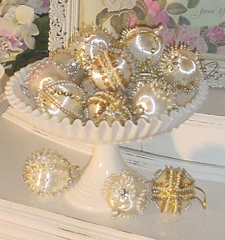 Vintage Hand Beaded WHITE ORNAMENTS LOT/16 Xmas/Easter Tree,Bowl Fillers,Wedding