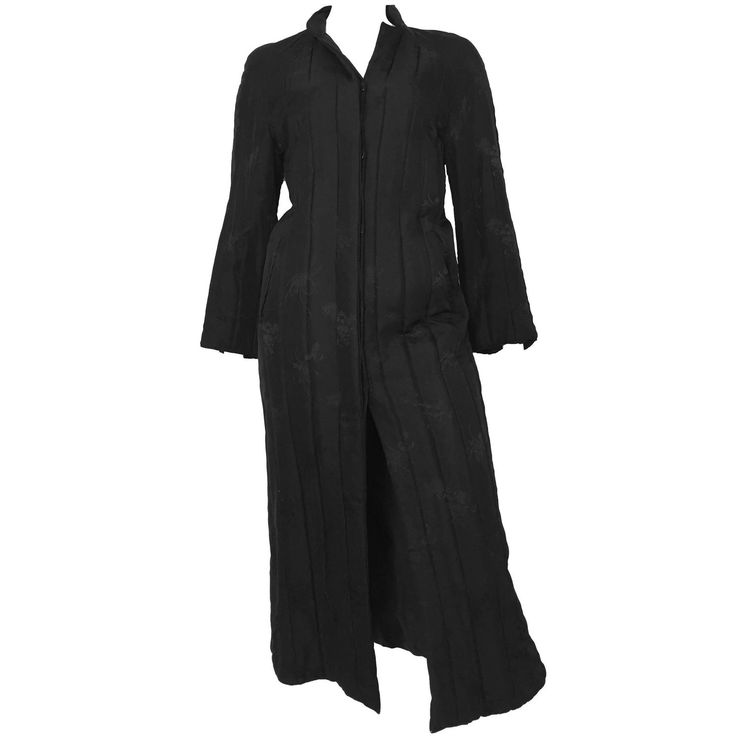Bergdorf Goodman 80s black silk long quilted coat size 6 / 8.
