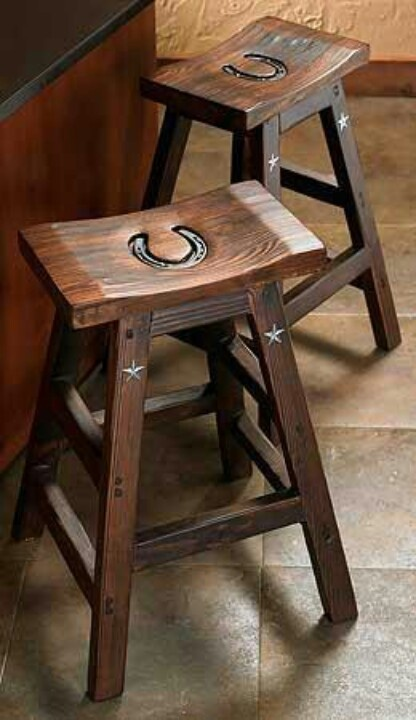 Horse shoe bar stool