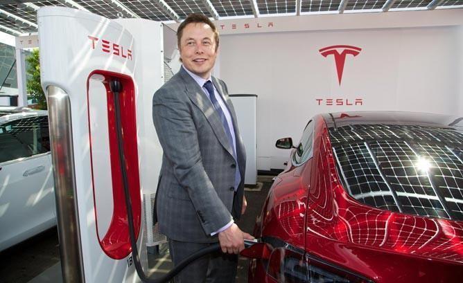 Etats-Unis : le patron de Tesla rejoint l'équipe Trump