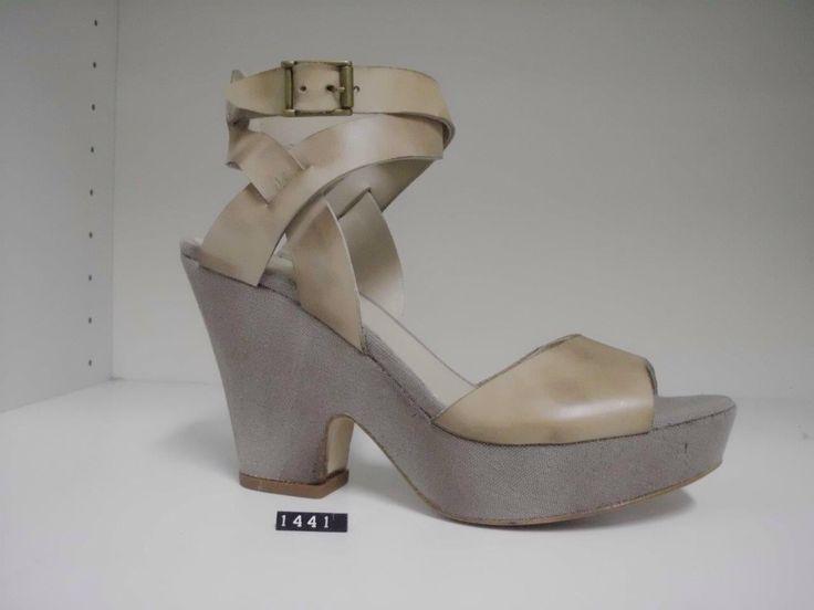 Sandalo nabuk e sughero 195€