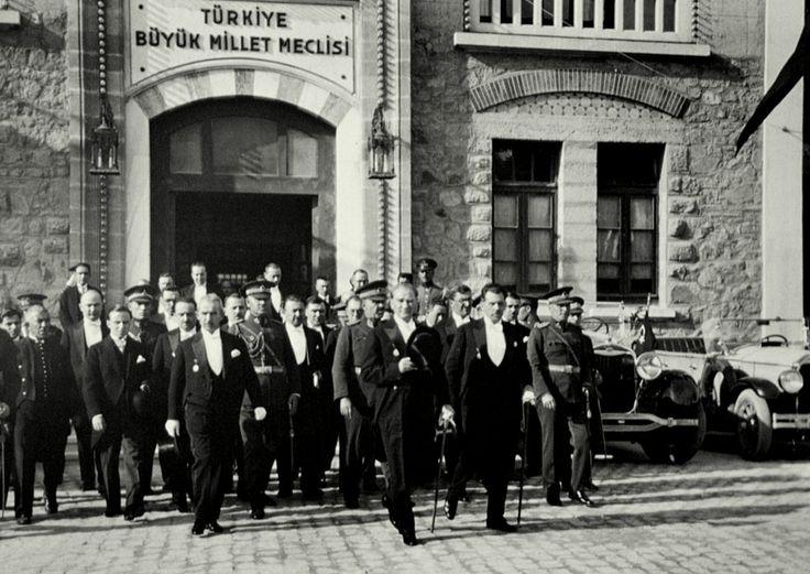 Ankara'nın Atatürk ve Cumhuriyet Müzeleri, modern Türkiye Cumhuriyeti'nin başkenti Ankara müzeleri, Ankara'da mutlaka görülmesi gereken müzeler, Ankara m...