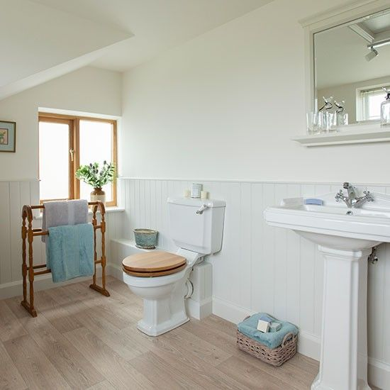 Do It Yourself Home Design: Best 25+ Country Style Bathrooms Ideas On Pinterest