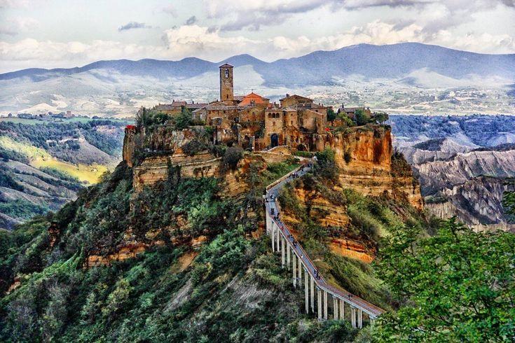 Civita' di Bagnoregio, un fascinant orășel medieval al Italiei