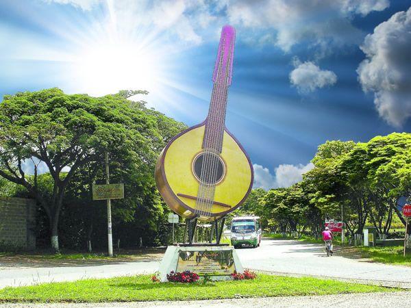 Colombia - Monumento a la bandola, Ginebra , Valle del Cauca.
