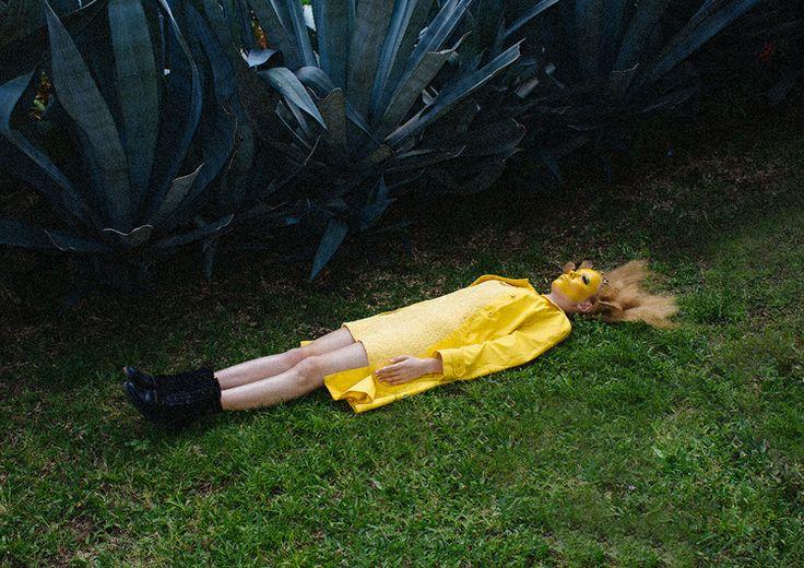 Yellow for Kaltblut Magazine - Jorge Bortoli Photography