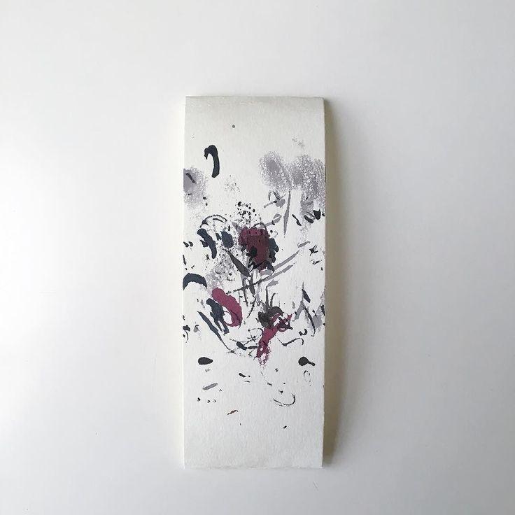 Blotting paper of January  書き初めの後のインク吸い取り紙に花を見つける良い一年になりますように by nrpq instagramers I like