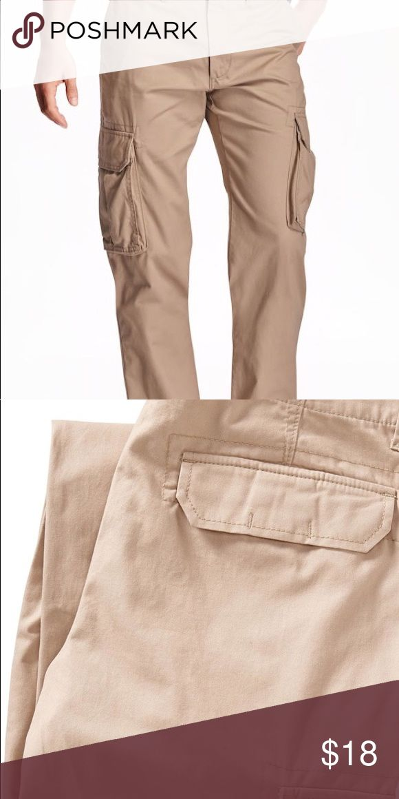 Old Navy Broken-In Cargo Pants Super soft Light Khaki Men's Cargo Pants in excellent used condition.  Barely worn. Size 29 x 30. Old Navy Pants Chinos & Khakis