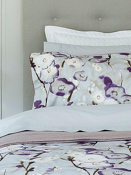 Grace purple bed linen