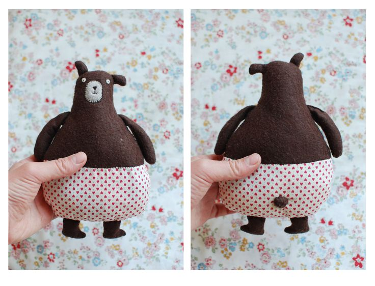 This little clumsy bear was designed and made by me. He is made from felt and full of rice.