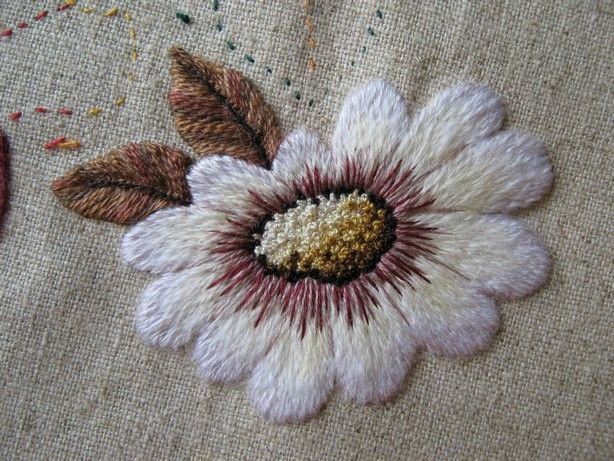 Marjolein  embroidery+