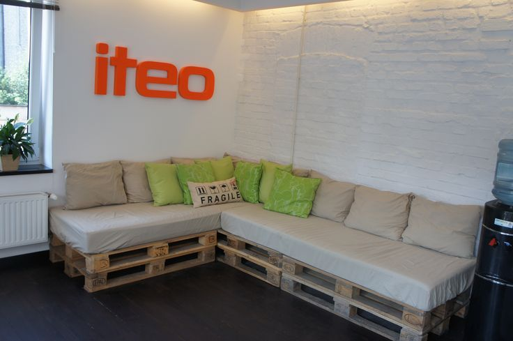 #sofa #logotype #pallets #palletsofa #eco #leisure #rest #ikea #brickswall #white