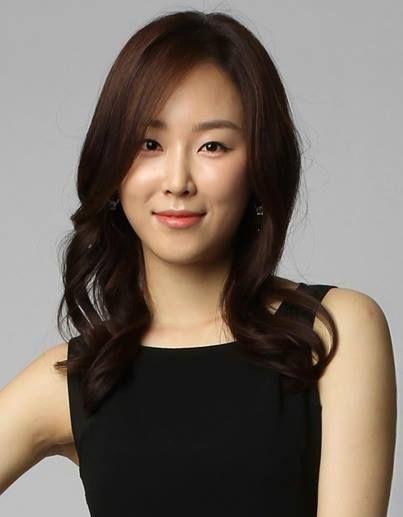 [K-Profile]  Name: Seo Hyun-Jin Hangul: 서현진 Birthdate: February 27, 1985 Birthplace: South Korea Height: 167 cm. Blood Type:  Movies~  https://www.instagram.com/koreabasecamp/