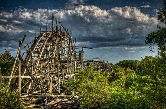 20 Haunting Images of Abandoned Amusement Parks – Flavorwire