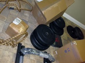 25 Items a CrossFit garage gym cant live without. - Bilderz.com Faster Leaner Stronger