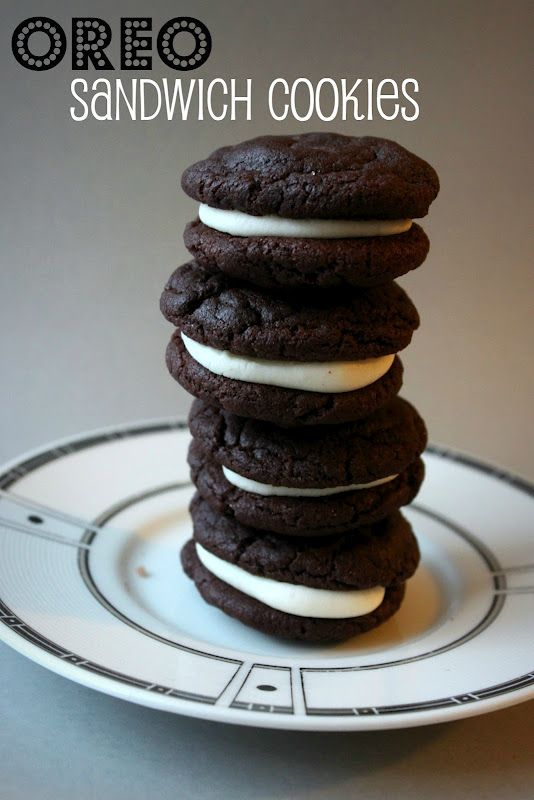 Annie's City Kitchen: Homemade Oreo Cakesters