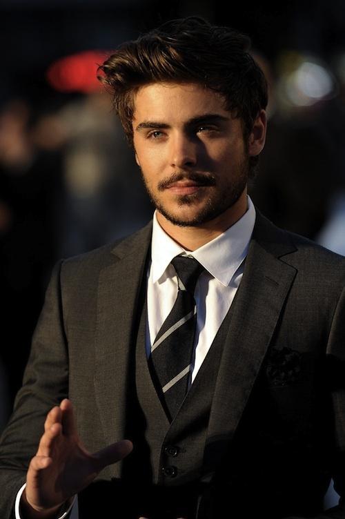 i like the stache/beard he's got goin on (: