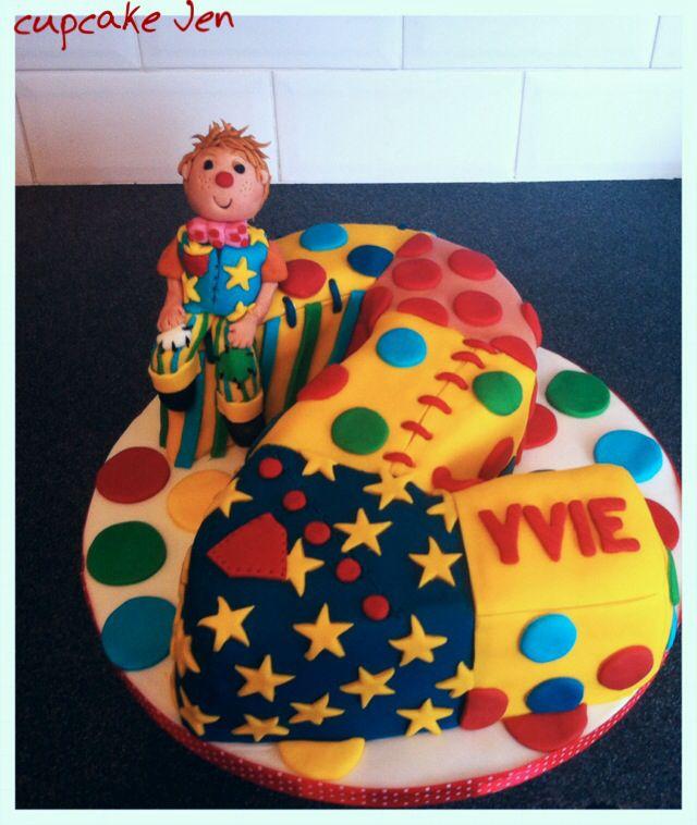 Number 2 cake .... Mr tumble!