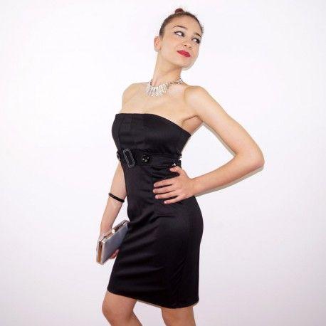 Vestido negro de tubo, con escote palabra de honor.  Disponible en tu tienda online y física shokomoda.com