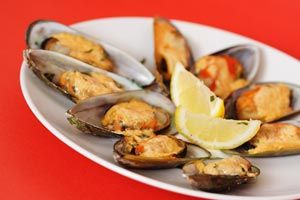 how to make garlic butter sauce for mussels