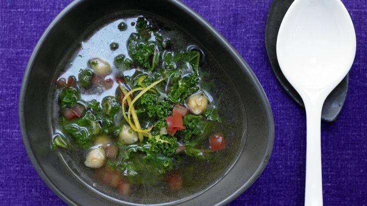 Klare Grünkohlsuppe