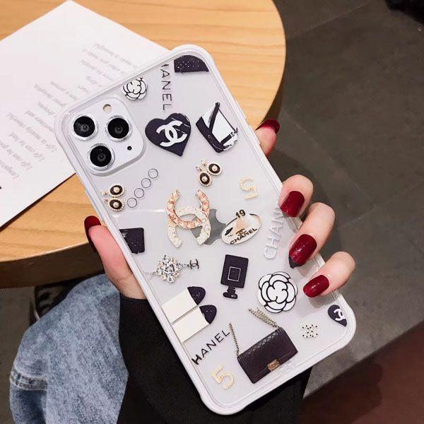 Iphone11 11 Pro Maxケース シャネル Chanel クリア 透明デザイン ファッションエレメント きれい 人気ブランド 可愛い Chanel Iphone11pro Xr Xs Max Iphone Cases Bling Iphone Case Fashion Chanel Iphone Case