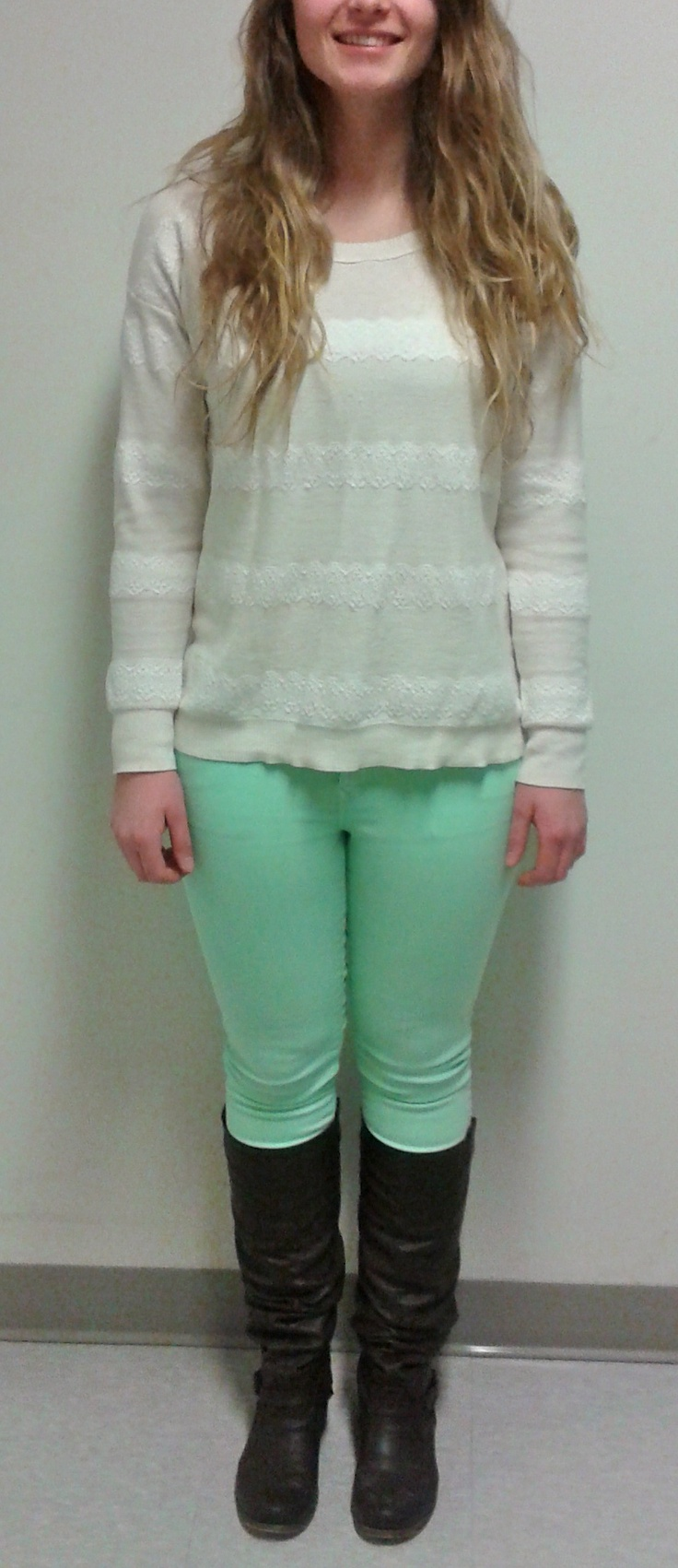 Sara pulls off these fantastic mint jeans well by pairing them with a white sweater that has lace stripes, and tall boots. This outfit is really great, and totally functional for an 8:30 class! She told me afterwards that these jeans were a real steal found on the Gap sale rack!