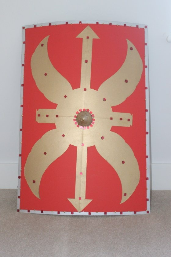 DIY Roman Shield - the cardboard back hold looks great.