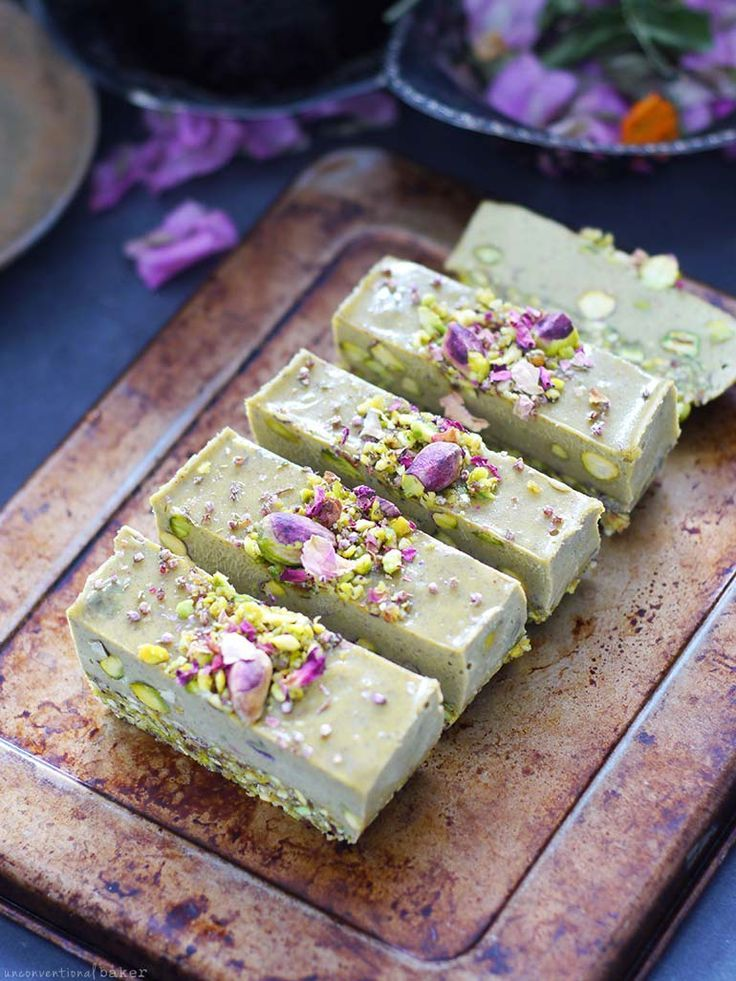 Raw Pistachio Slice (Free From: Gluten & Grains, Dairy, and Refined Sugar)