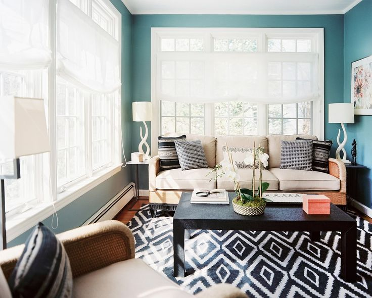 Eclectic Redesign Project Mixing Vintage and Modern Details in New Rochelle, New York - http://freshome.com/2015/03/25/eclectic-redesign-project-mixing-vintage-and-modern-details-in-new-rochelle-new-york/