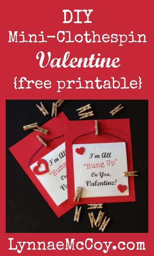 DIY Mini-Clothespin Valentines {Free Printable}Mom Boards, Diy Minis Clothespins, Celebrities Valentine'S, Minis Clothespins Valentine, Holiday Crafts, Valentine'S Ideas, Diy Valentine, Free Printables, Diy Boards