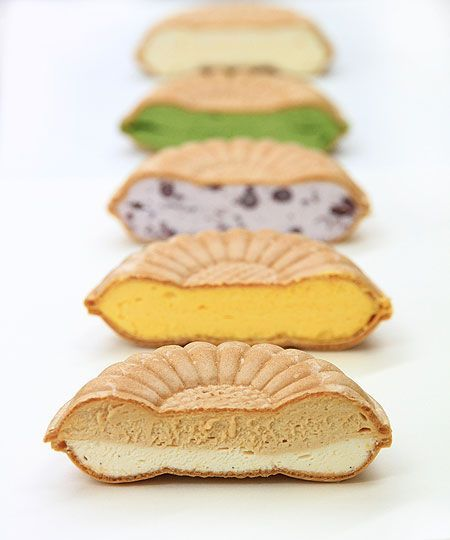 Monaka (been jam filled wafers), Japanese sweets