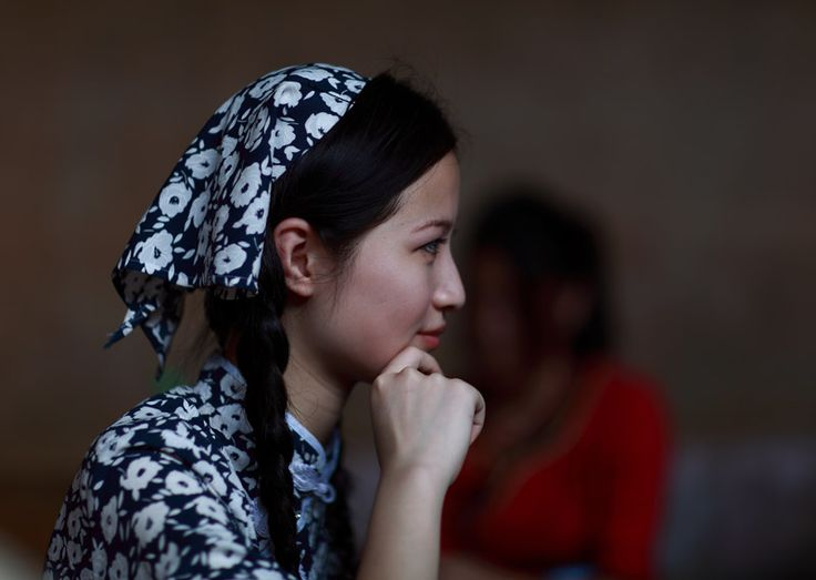 heyuan girls Red sleeveless round neck rose flower satin girl dress, us $ 9 - 13 / piece, flower girls, oem service, polyester/cottonsource from suzhou heyuan garment & decoration co, ltd on alibabacom.