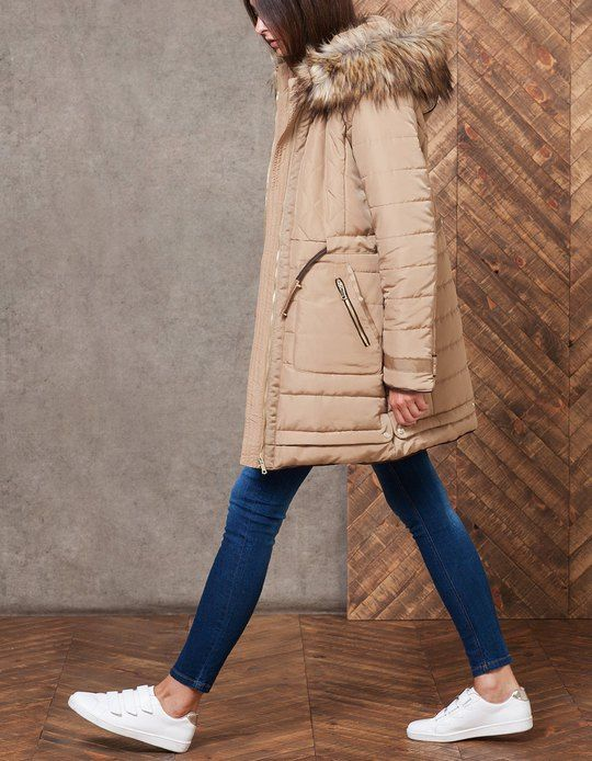 At Stradivarius you'll find 1 Long anorak with padding for woman for just 55.99 £ . Visit now to discover this and more COATS.