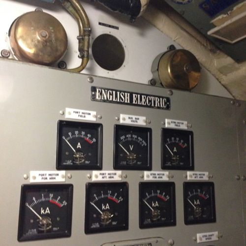 English Electric onboard the HMAS Ovens submarine, Fremantle