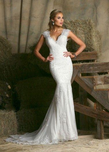 "Davinci ""In Stock"" Wedding Dress - Style 50320"