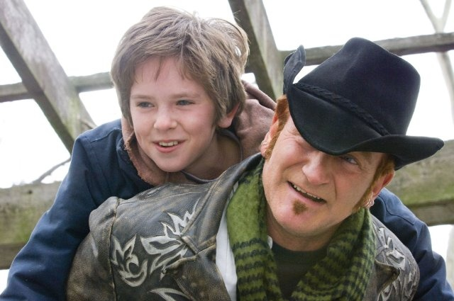 """""""August Rush"""" . . . Robin Williams as Maxwell """"Wizard"""" Wallace: """"You know what music is? God's little reminder that there's something else besides us in this universe, a harmonic connection between all living beings, everywhere, even the stars."""""""