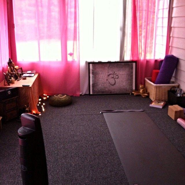 Best 25+ Home Yoga Room Ideas On Pinterest