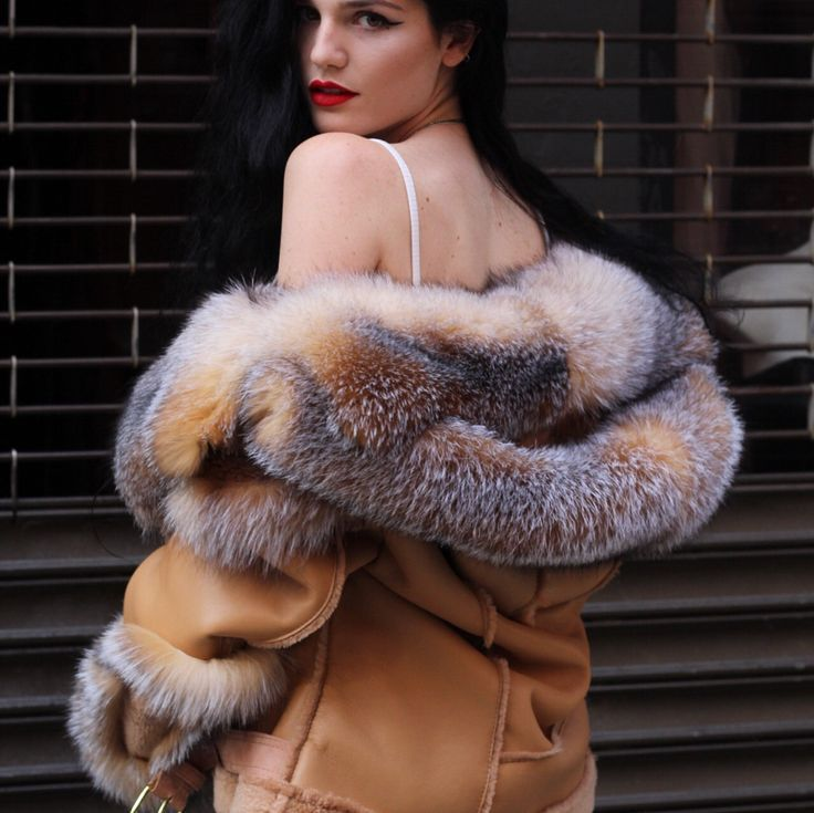 Sexywomens in furs