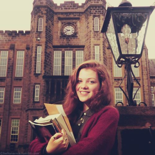Narnia- Georgie Henley- vintage style- England