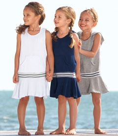 These dresses look so comfy! I think my daughter would like me to make one.