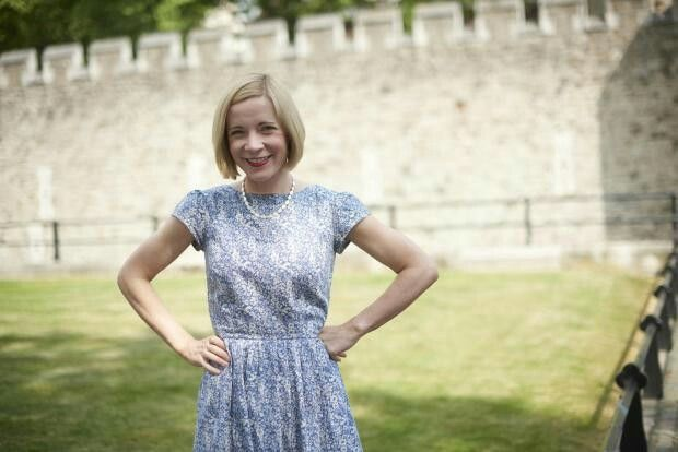 The Amphora Pose for the Delightful Dr Lucy Worsley.