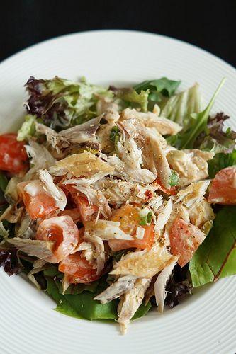Foodblogswap - Pittige Makreelsalade - I am Cooking with Love Een lekker pittige Makreelsalade met sambal-mayonaise.