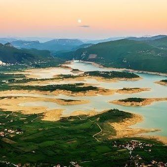 Вид на озеро Рама, Босния и Герцеговина #nature #природа #amazing #beautiful