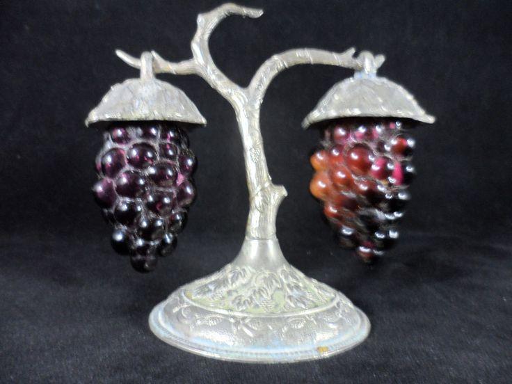 Vintage Purple Hanging Grapes Salt & Pepper Shaker Set Silver Plated Stand Japan