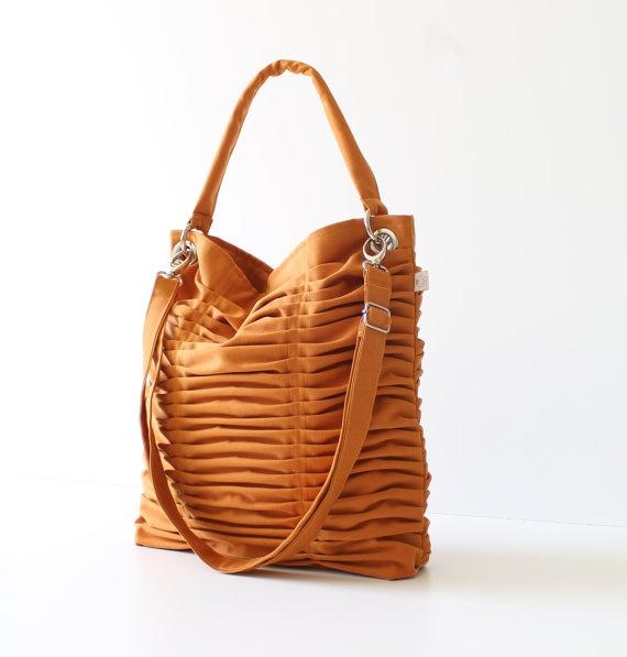 pleated/ruffled bag: Halloween Bayanhippo, Diapers Bags, Handmade Bags, Dark Mustard, Bags Autumn, Pleated Bags, Pur Bags, Purses Bags, Orange Bags