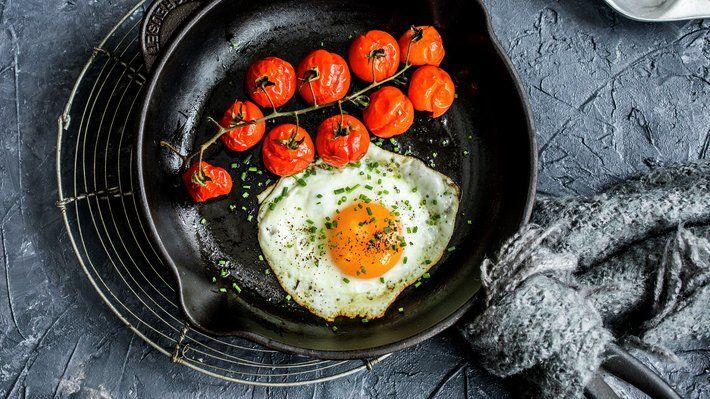 Speilegg med bakt tomat - Sunn - Oppskrifter - MatPrat