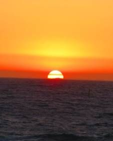 50+ Things You Can Do In Perth, Australia Sunset at scarborough beach!