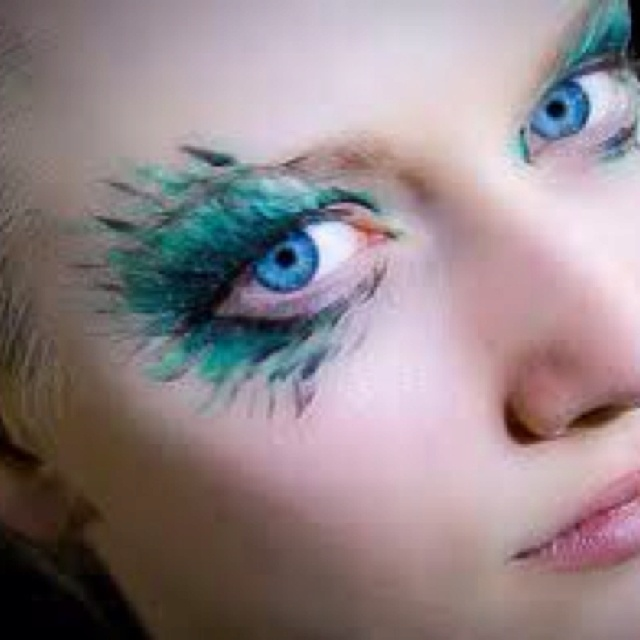 So cool: Make Up, Peacocks, Eye Makeup, Makeup Ideas, Blue Eye, Beauty, Halloween, Eyes