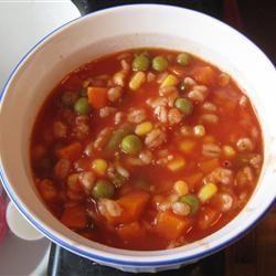 Soupe aux légumes et tomates, super facile @ http://qc.allrecipes.ca